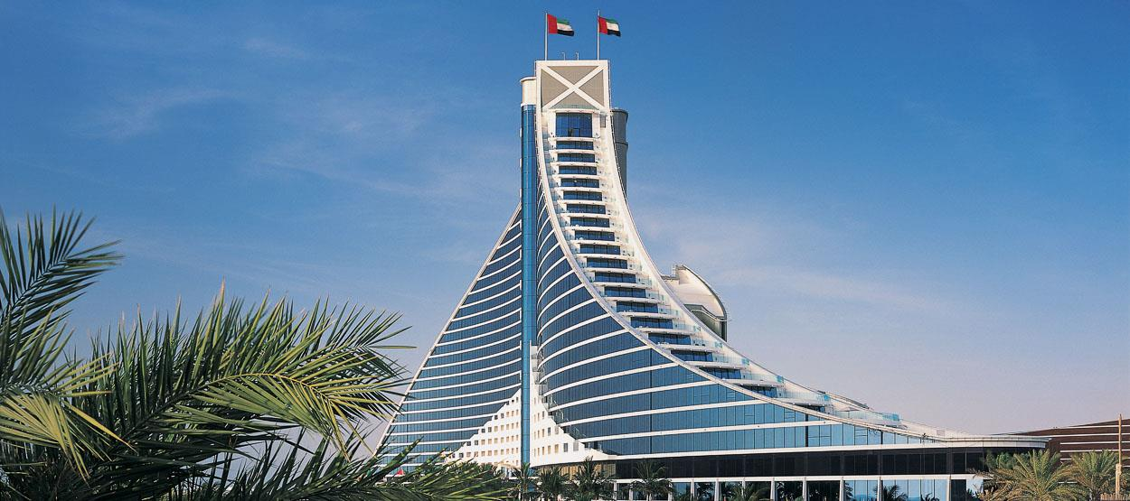 Jumeirah beach hotel dubai deluxe escapesdeluxe escapes for Dubai beach hotels