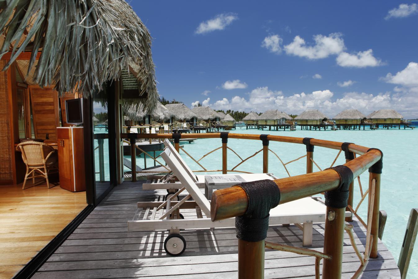 Mejor Overwater Bungalows Faceoff Bora Bora o Maldivas