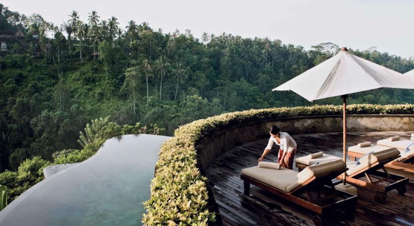 Ubud hanging gardens bali deluxe escapesdeluxe escapes for Ubud hanging gardens swimming pool price