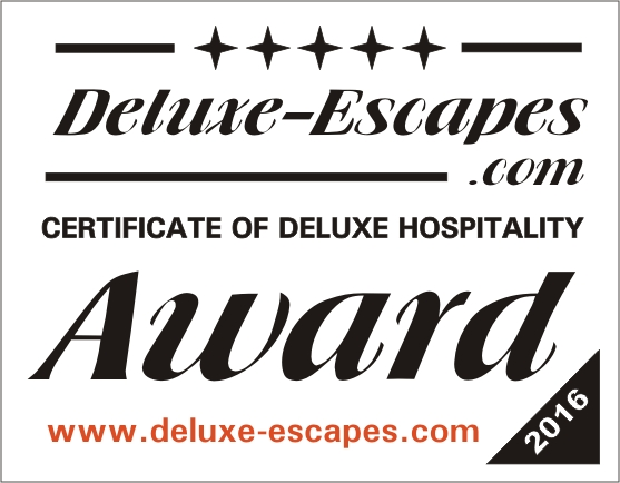Deluxe-Escape-Award