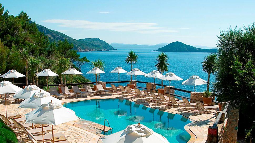 Il Pellicano Hotel Tuscany, Italy, Deluxe-EscapesDeluxe ...